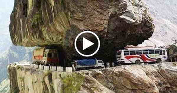 World's Most Dangerous Road Journey - Shimla to Manali, Himachal Pradesh, India